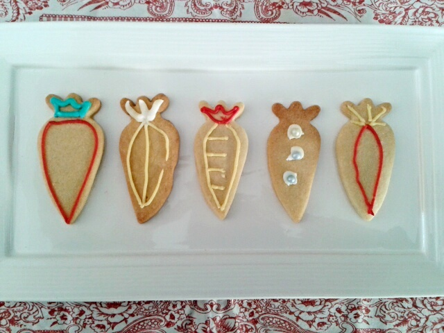 Carrot shaped Easter cookies